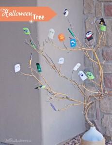 Easy Halloween Tree Decor